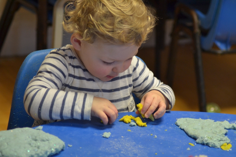 Breaking play dough up