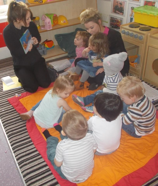 Clarmont came to do Christmas activities with the Toddlers