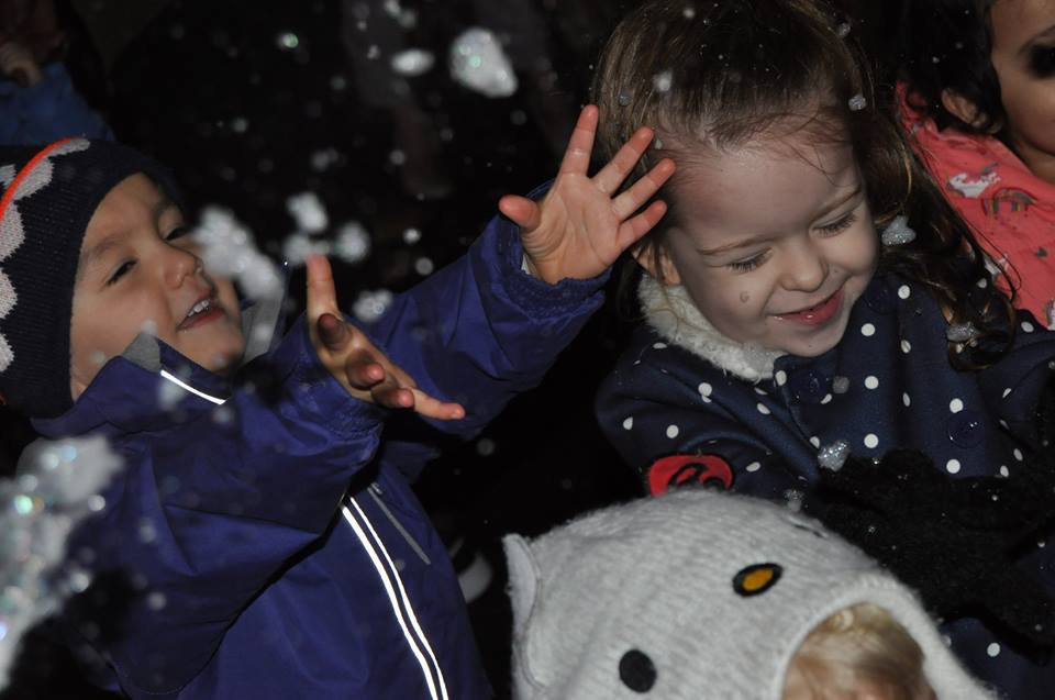 Christmas Carolling In Our Outdoor Area - Daisykins - The Rugby Nursery